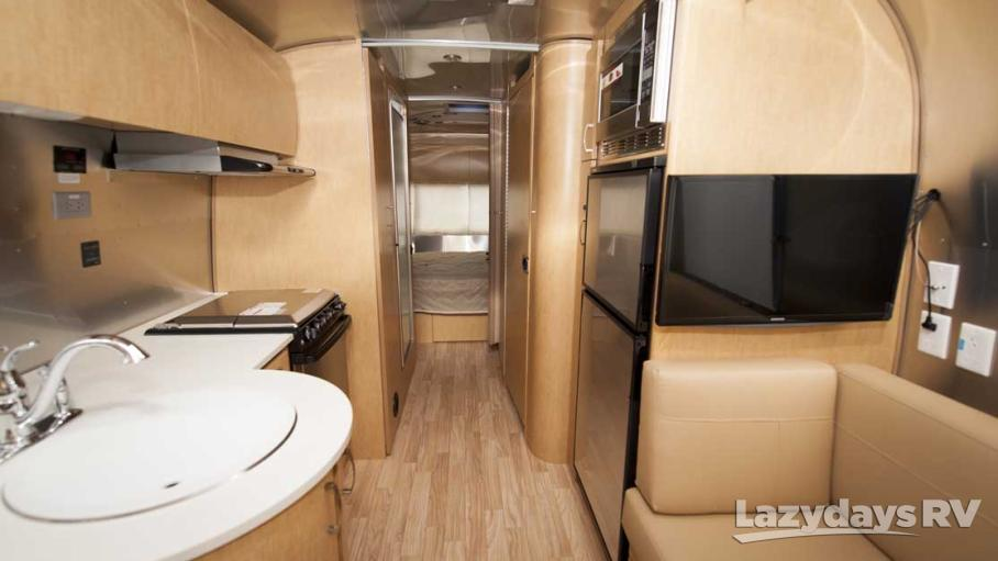 2016 Airstream Flying Cloud 25BWB