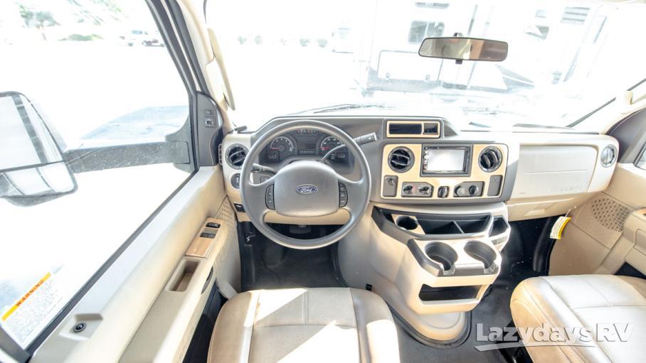 2020 Thor Motor Coach Quantum RW28
