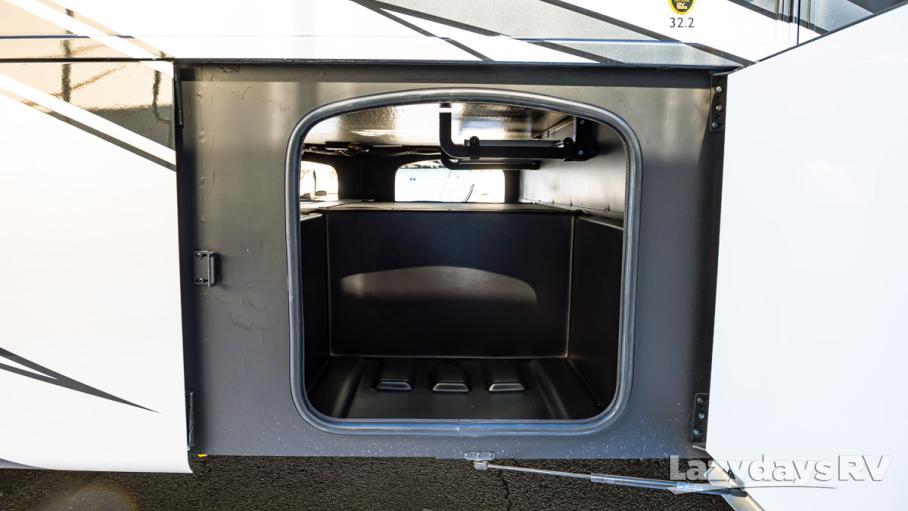 2020 Thor Motor Coach Miramar 32.2
