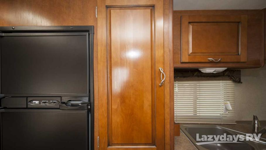 2014 Lance Lance 2385