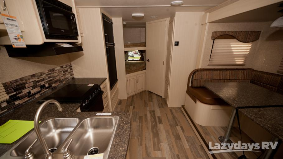 2016 Winnebago Minnie 2455BHS