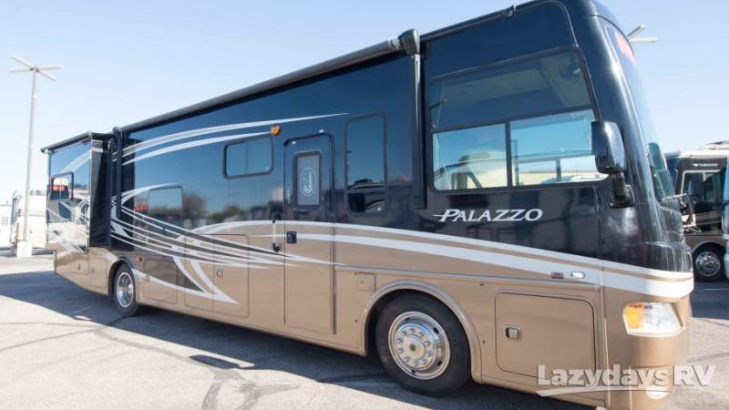 2013 Thor Motor Coach Palazzo