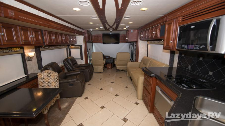 2012 Winnebago Tour 42JD