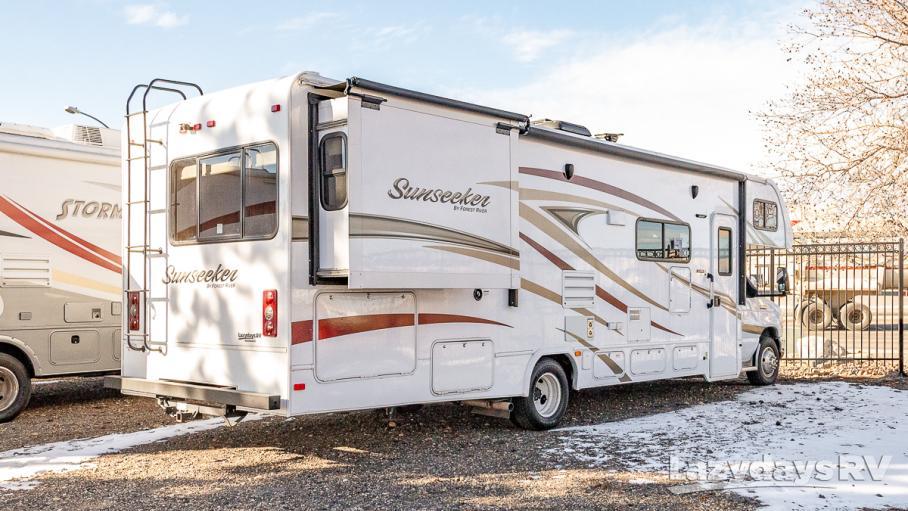 2017 Forest River Sunseeker 3010DSF