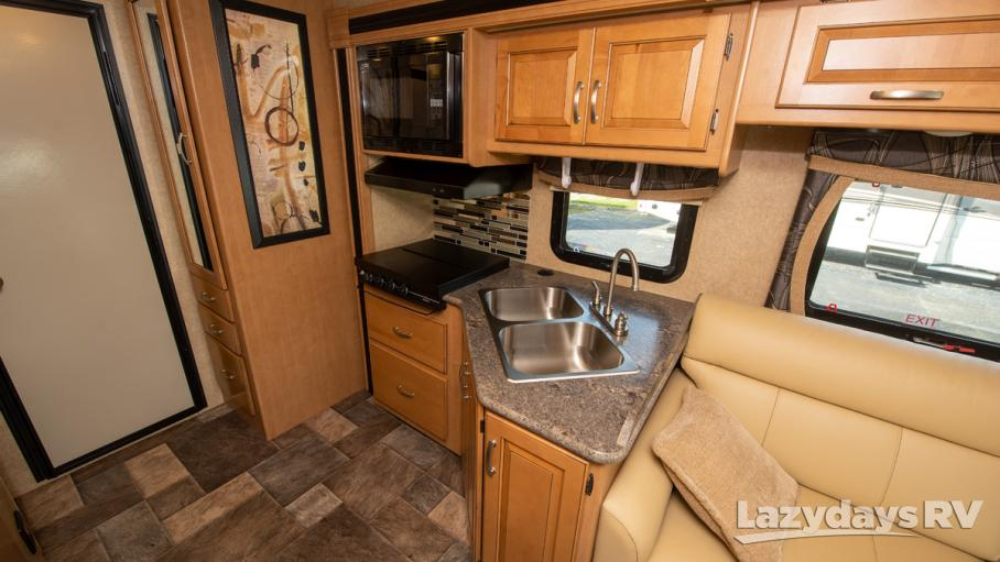 2016 Thor Motor Coach Outlaw 29H
