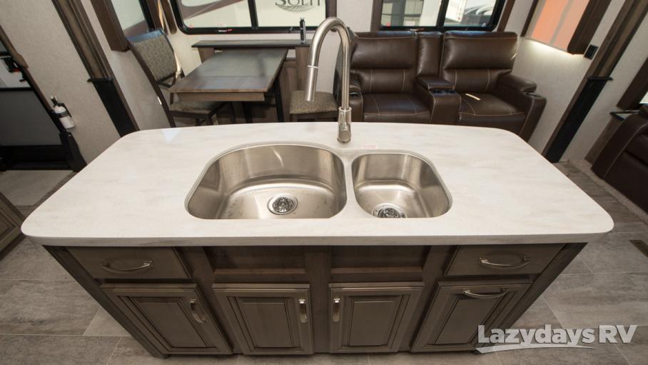 2018 Keystone RV Montana 3811MS