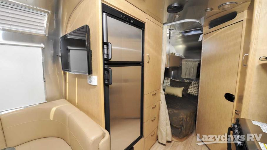 2017 Airstream Flying Cloud 30 With Bunk For Sale In