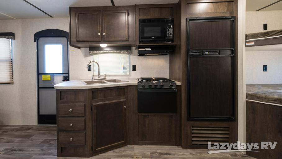 2018 Starcraft Autumn Ridge Outfitter 24BHU