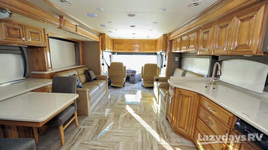2016 Thor Motor Coach Venetian A40