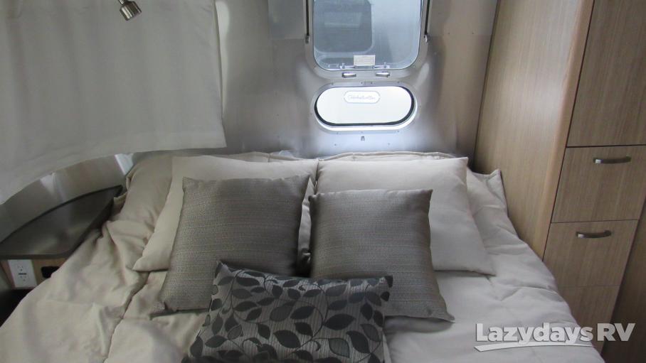 2019 Airstream Flying Cloud 25FB