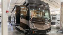 2019 Fleetwood RV Discovery LXE