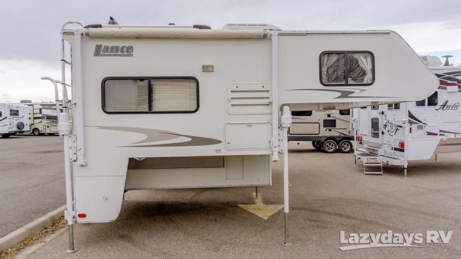 2006 Lance Lance 845 Short Bed