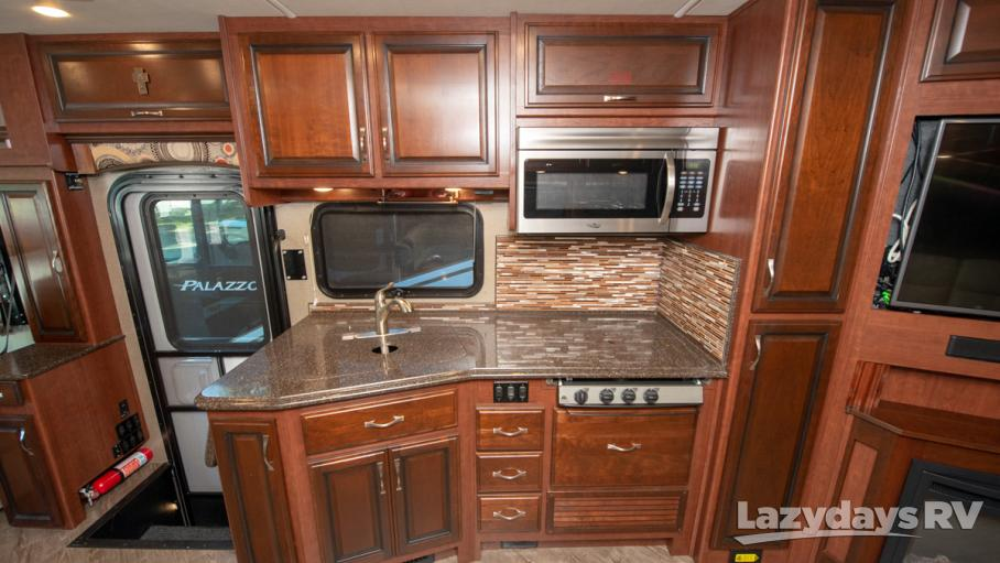 2017 Fleetwood RV Pace Arrow 36U