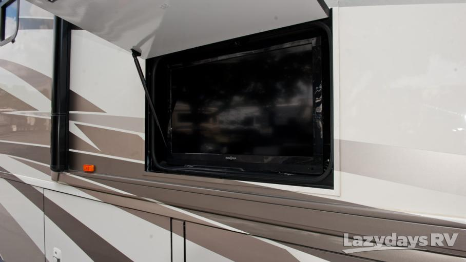 2013 Winnebago Tour 42QD