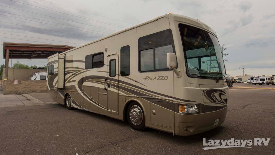 2014 Thor Motor Coach Palazzo