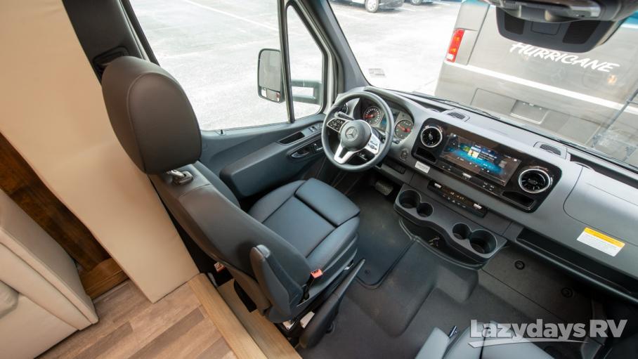 2020 Tiffin Motorhomes Wayfarer 24TW