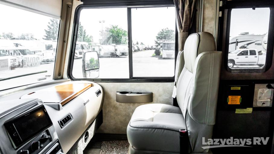 2019 Winnebago Sunstar 29VE