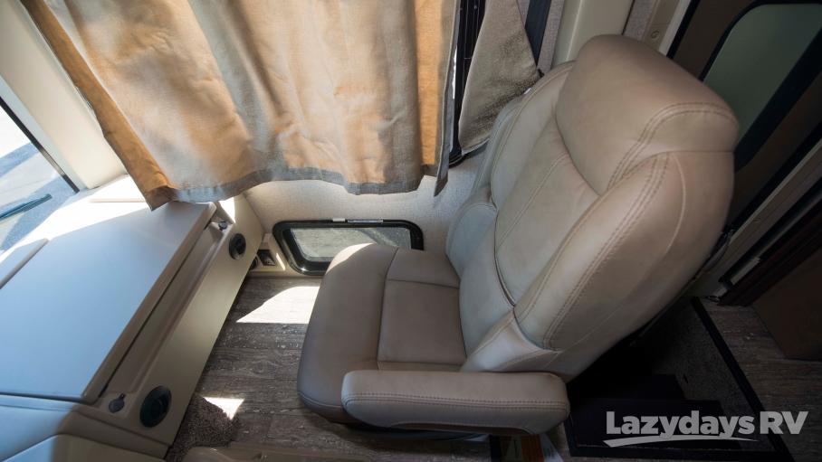 2019 Thor Motor Coach Hurricane 34R