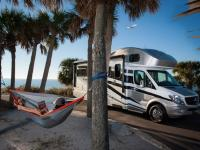FROM PALM TREES TO HOME SWEET HOME – YOUR FIRST ROAD TRIP WITH LAZYDAYS FLY & DRIVE