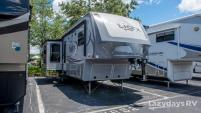 2016 Highland Ridge RV Light