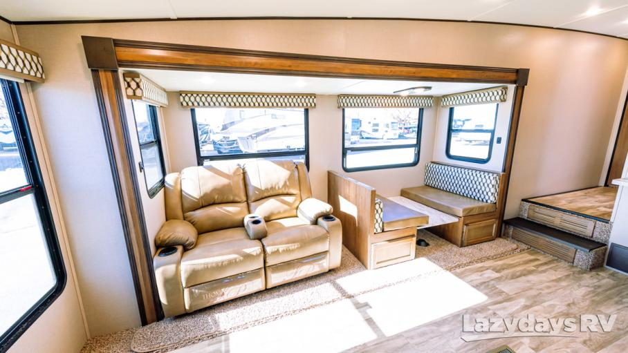 2020 Coachmen Chaparral Lite 25RE