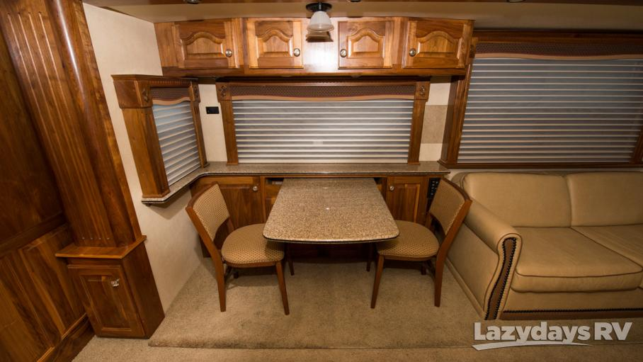 2007 Country Coach Affinity 700