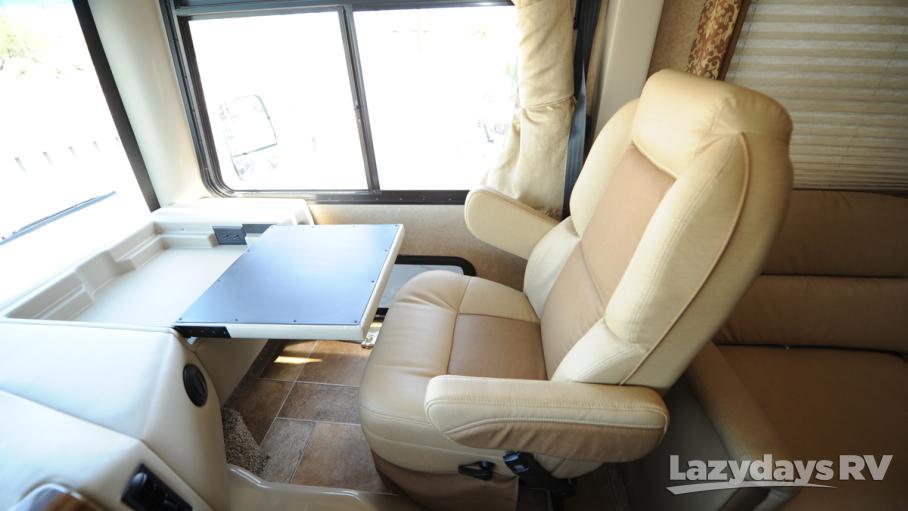 2016 Thor Motor Coach Hurricane 32N