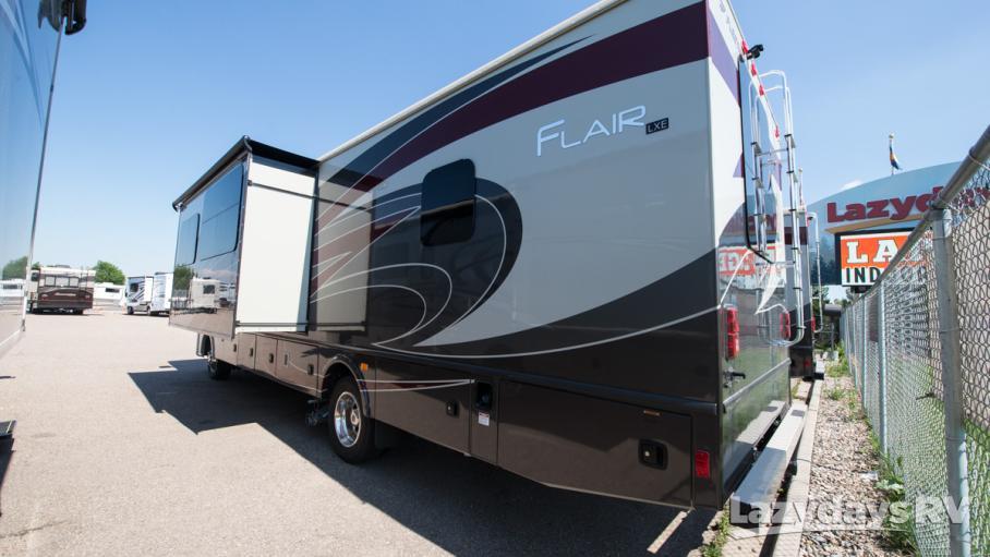 2018 Fleetwood RV Flair 31W