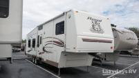 2004 Fleetwood RV Prowler Regal