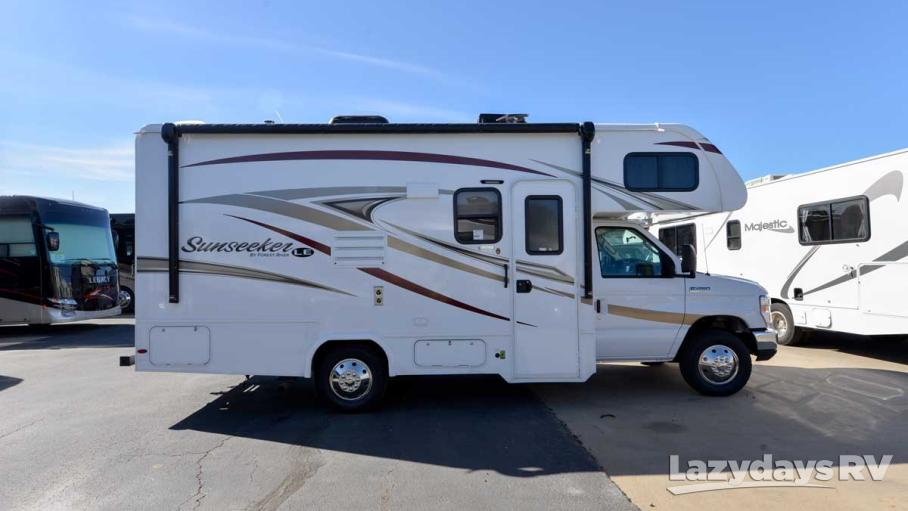 2017 Forest River  Sunseeker 2250SLE
