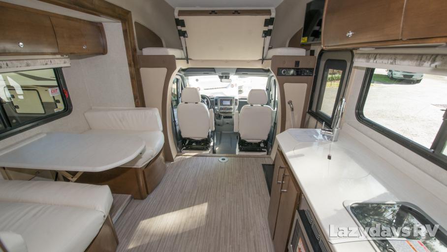 2018 Tiffin Motorhomes Wayfarer 24QW