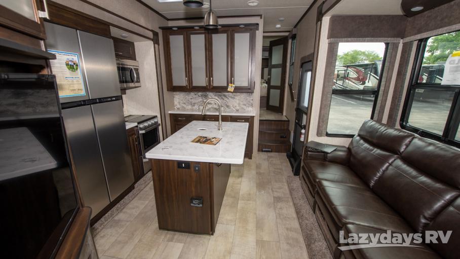 2019 Grand Design Momentum M-Class 381M