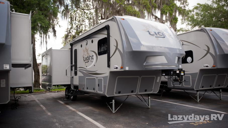 2017 Open Range Light 318RLS