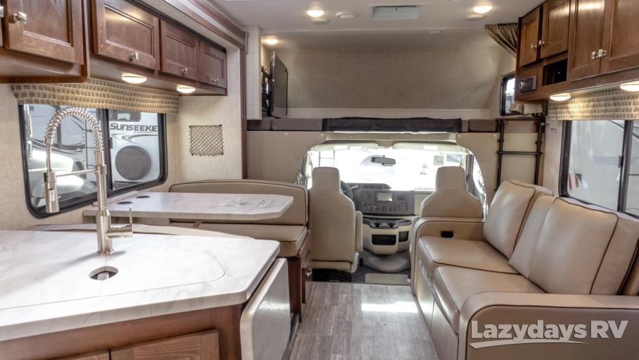 2019 Forest River Sunseeker 3270DSF