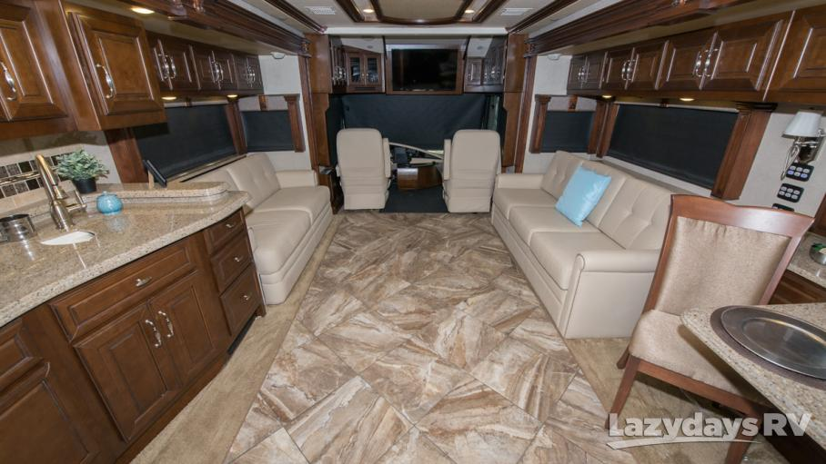 2015 American Coach American Tradition 42M