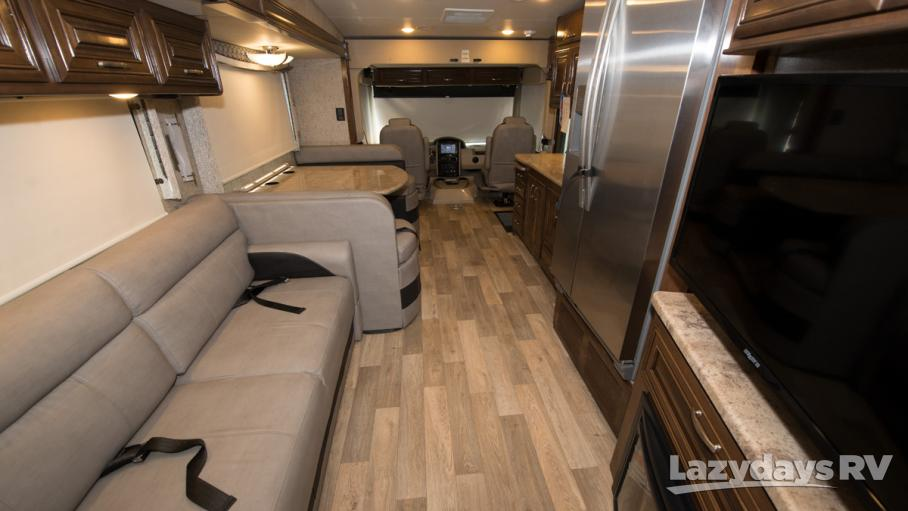2018 Thor Motor Coach Outlaw 38RE
