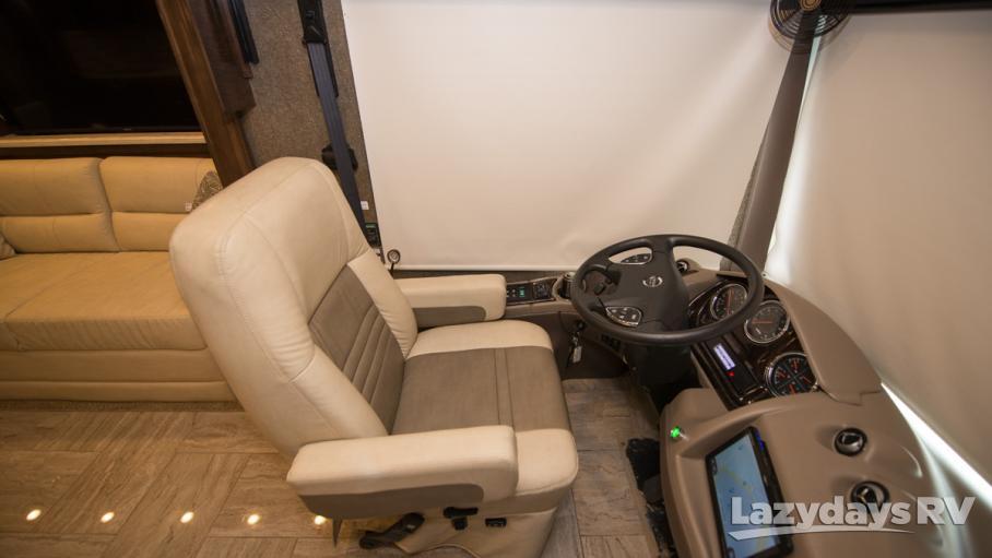 2018 Thor Motor Coach Venetian A40