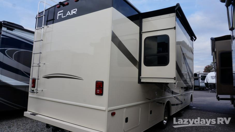 2019 Fleetwood RV Flair 32S