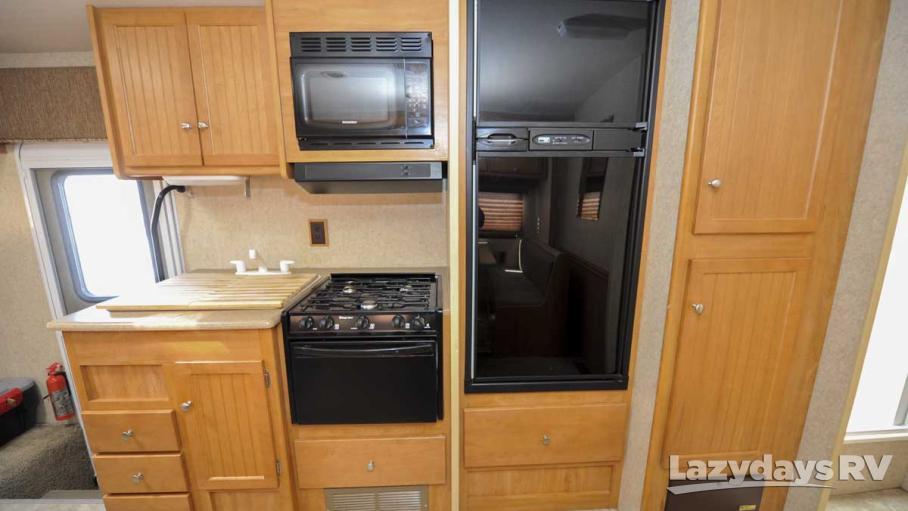 2007 Winnebago Vista 30B