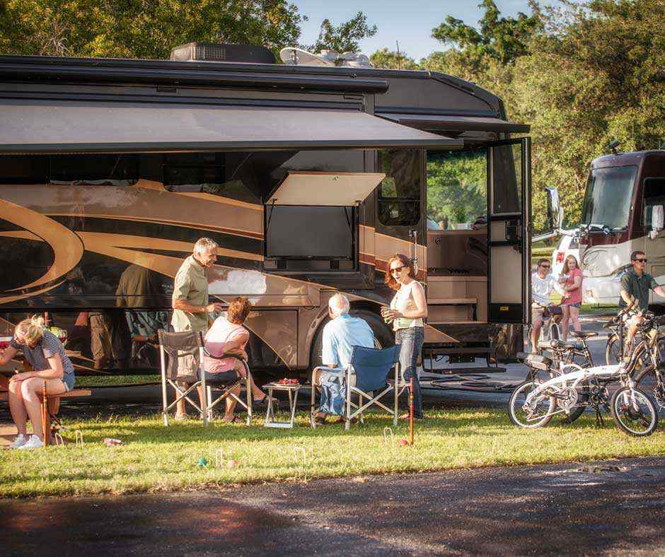 Tampa Rv Resort Florida Rv Campground Lazydays