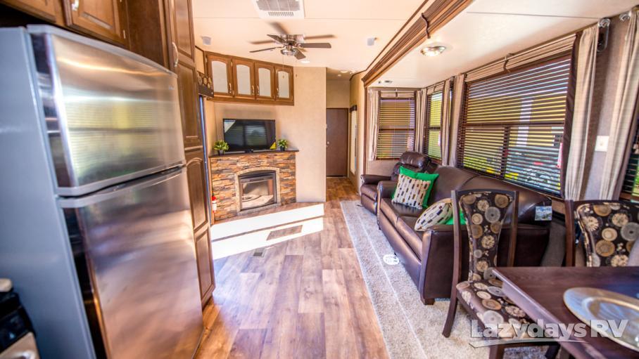2017 Forest River Wildwood Lodge 4102BFK