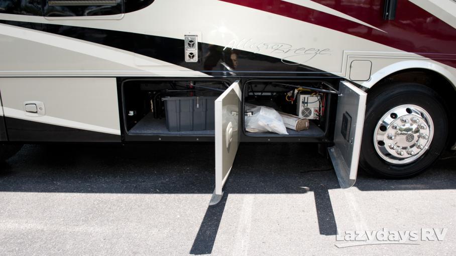 2014 Tiffin Motorhomes Breeze 28BR