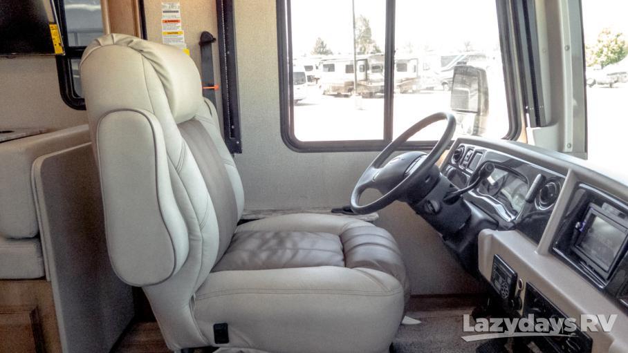 2020 Fleetwood RV Flair 32S