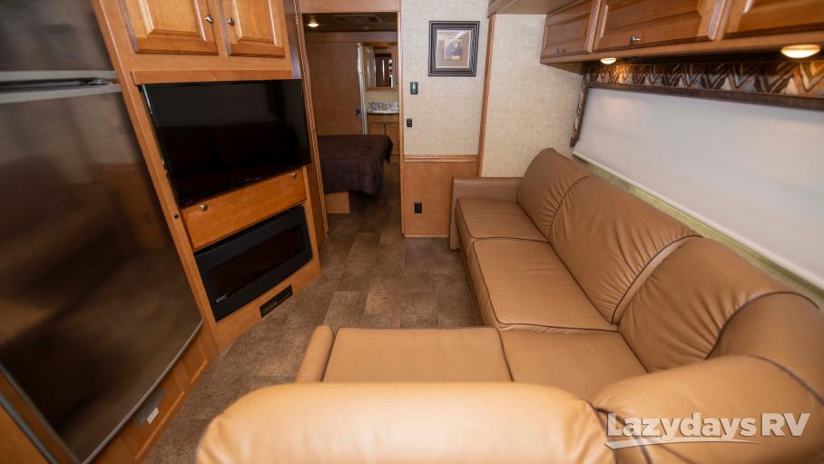 2017 Winnebago Vista LX 35F
