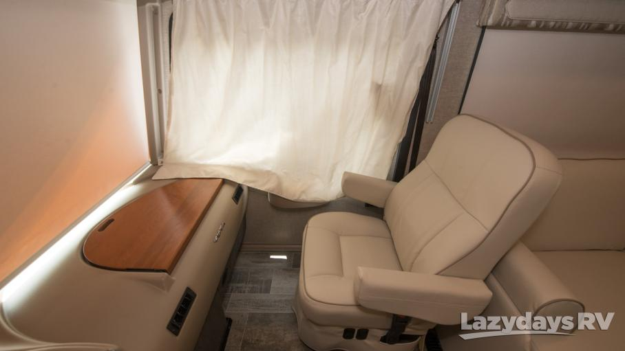 2019 Winnebago Vista 27PE