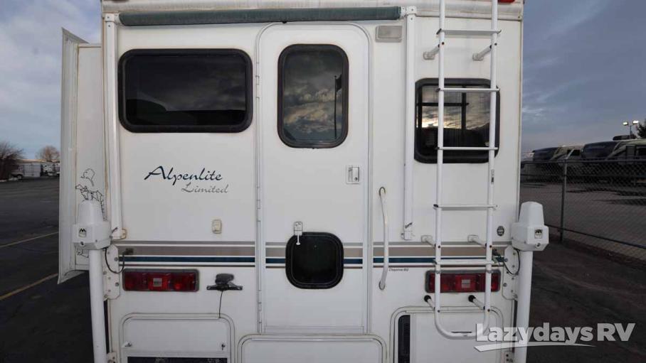 2005 Alpenlite Cheyenne 950