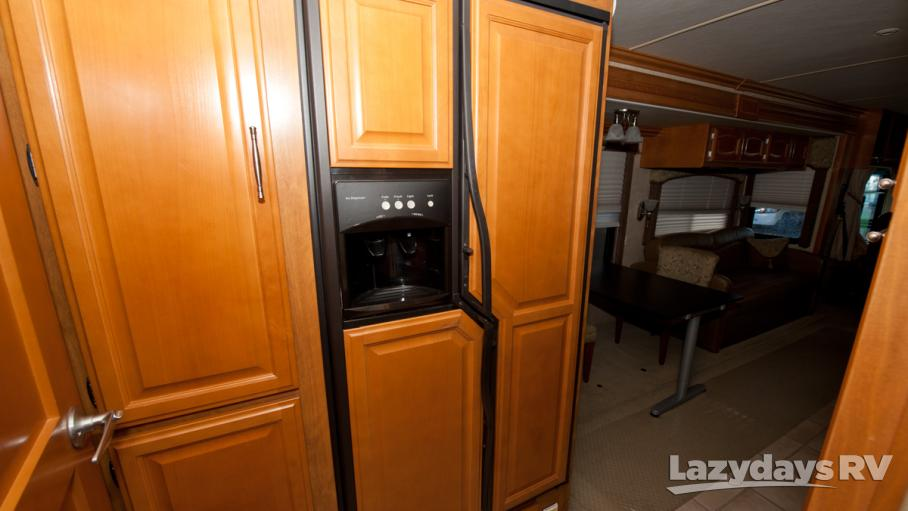 2008 Fleetwood RV Excursion 40E