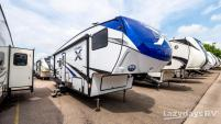 2019 Coachmen Chaparral X-Lite