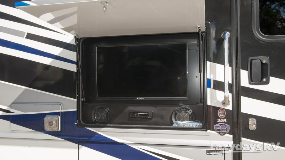 2018 Fleetwood RV Bounder 35K
