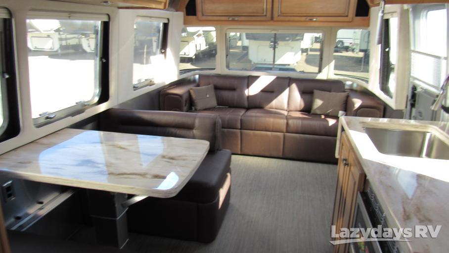 2019 Airstream Classic 30RB
